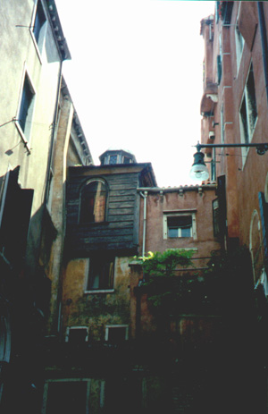 The Italian Synagogue in the Jewish Ghetto.