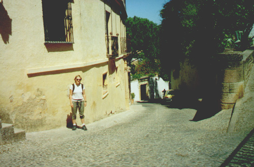 Katie Miller in front of Casa del Rey Moro (House of the Moorish King)